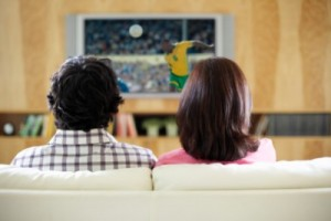 CoupleWatchingTV78815038-e1394632132339